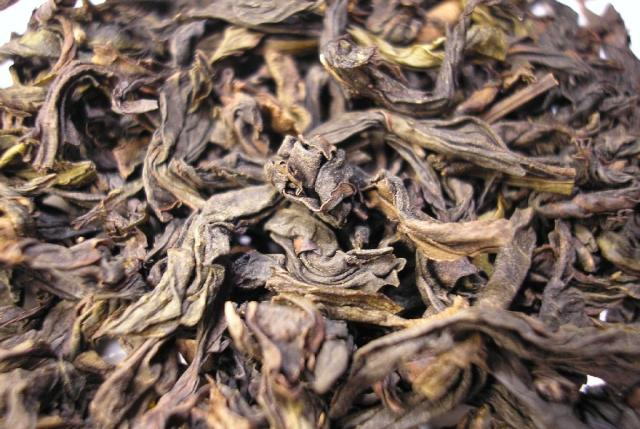 Big Red Robe oolong tea leaves
